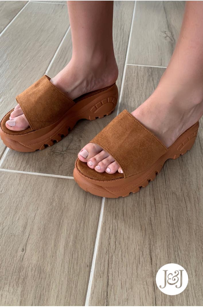 """Nu-pieds marron """"Prune"""""""