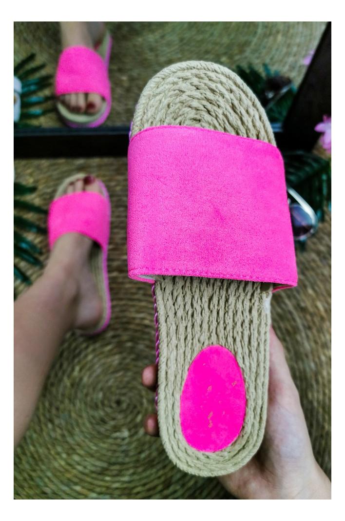 Nu-pieds Anna