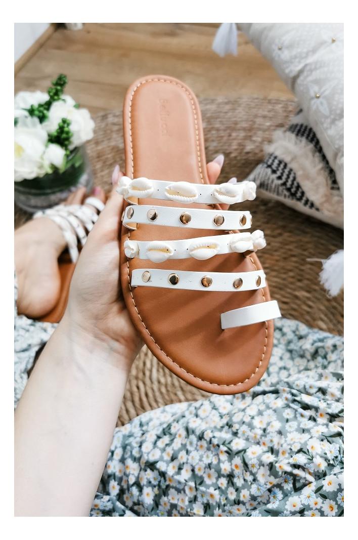 Nu-pieds carly